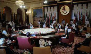 """كيف تقرأ """"8 آذار"""" قرار الوزراء العرب؟"""