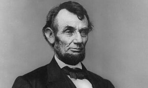 25 ألف دولار مقابل خصلة من شعر لينكولن