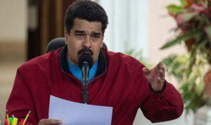 """مادورو يغلق الحدود مع البرازيل: """"خطط المعارضة مسرحية رخيصة"""""""