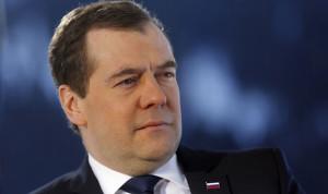 ميدفيديف: احياء العلاقات الروسية – الاميركية مستحيل في ظل العقوبات