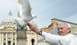 الناطق الفاتيكاني: البابا فرانسيس غذى الحوار بين الأديان