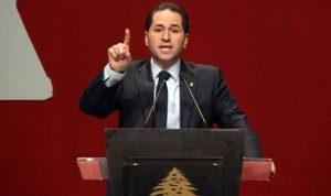"""مرشّح واحد ينافس سامي على الرئاسة وقدامى """"الكتائب"""" يحضرون لمؤتمر معارض"""